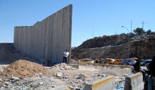 Le mur qualifié de la honte